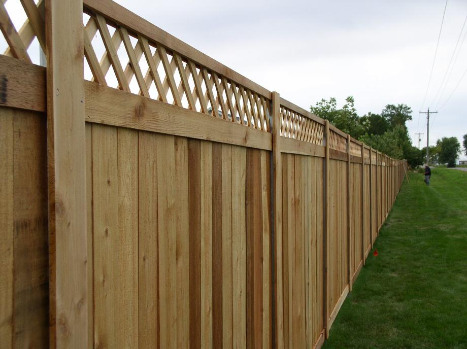 Affordable Custom fencing in Shawano, WI