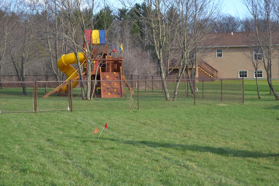 Residential chain link fencing in Mosinee, WI