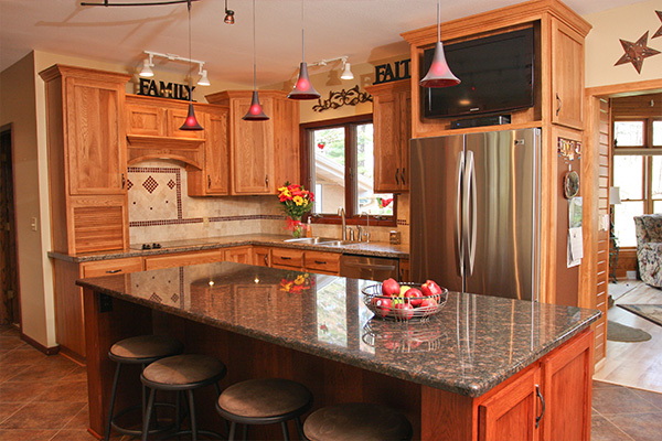 Look! Kitchen cabinetry in Waupaca, WI