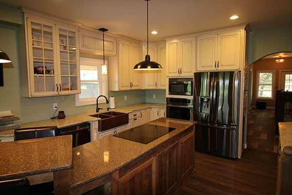 Look! Stylish Kitchen cabinetry in Plover, WI