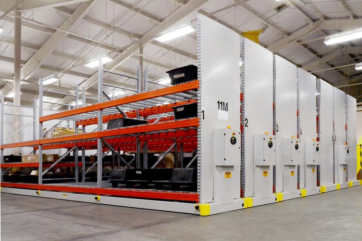 SAFERAK® 32PHEAVY-DUTY INDUSTRIAL POWERED MOBILE RACKING SYSTEM