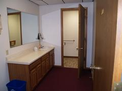 Suite 5 - Bathroom