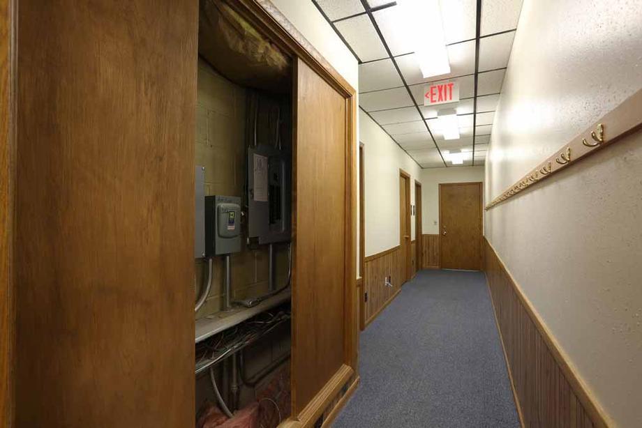 Suite 3 - Utility area