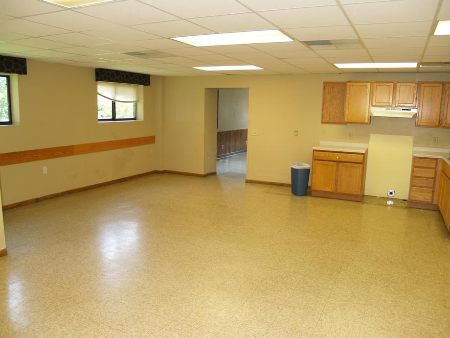 SW Section - Kitchenette-2