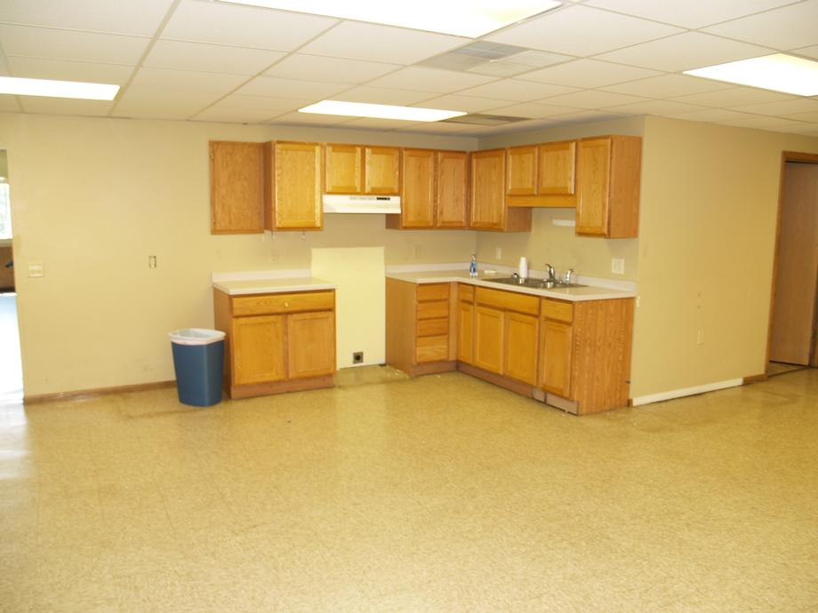SW Section - Kitchenette
