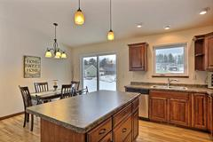 Kona, Kitchen, Cabinetry, Dining Room