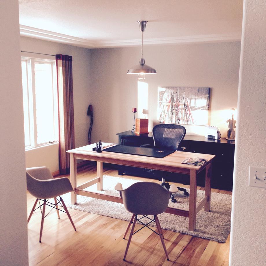 T1294 Desk in Color #10